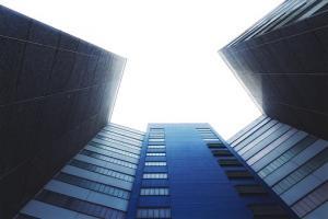Czas poświęcony na wyszukiwanie firmy do wymiany okien to pieniądz oszczędzony na ogrzewaniu